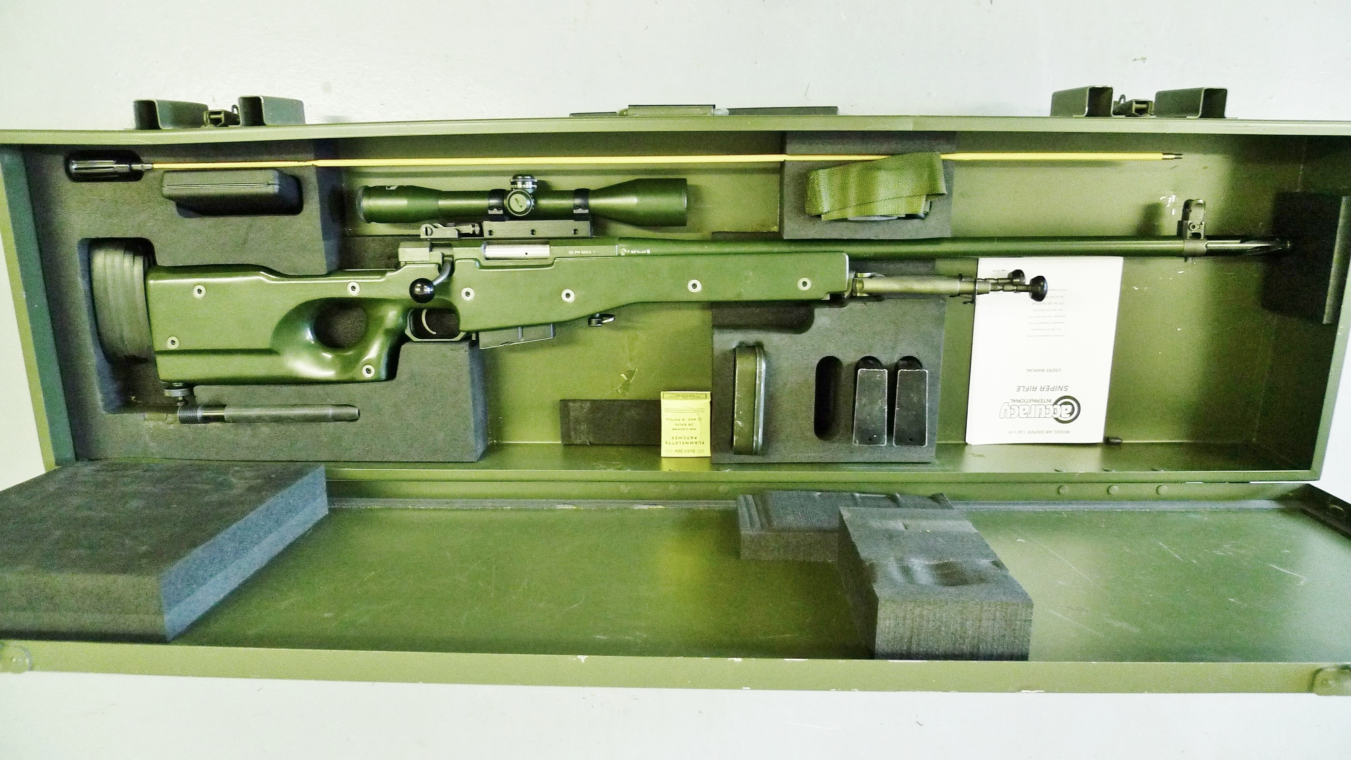 (1993) AW in 7.62mm calibre