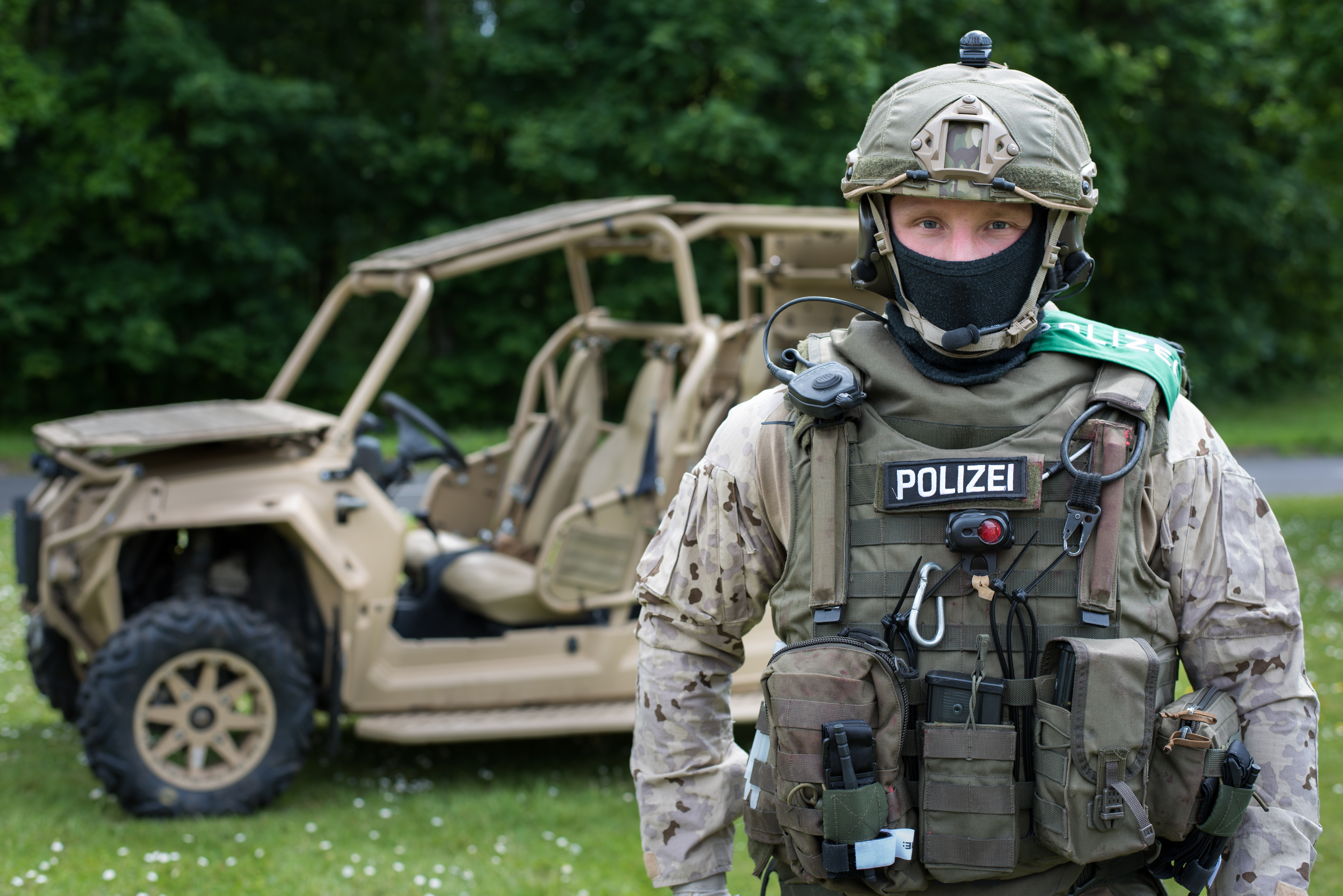 GSG9 operator equipped for operations