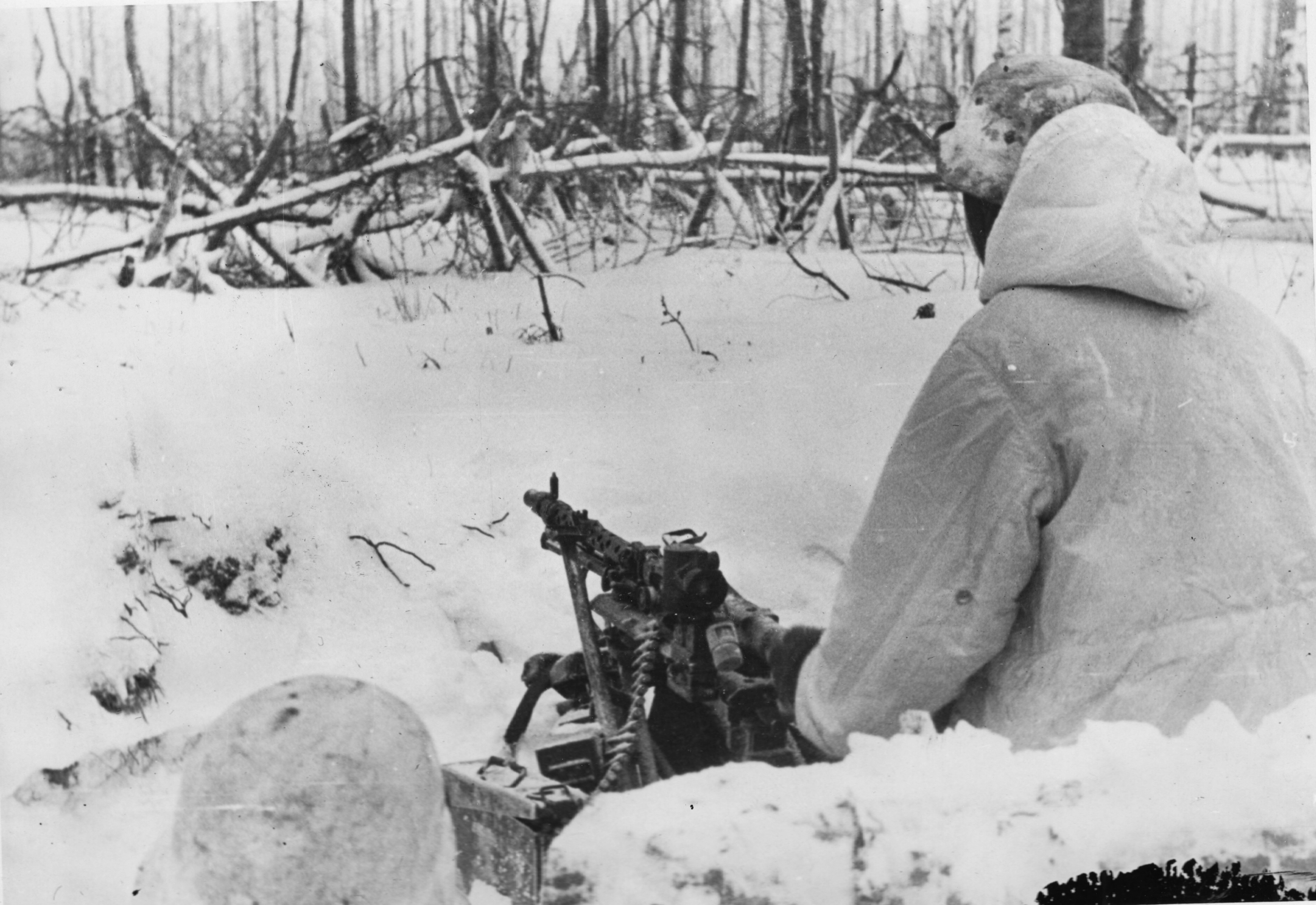 Manning an MG 34 mounted